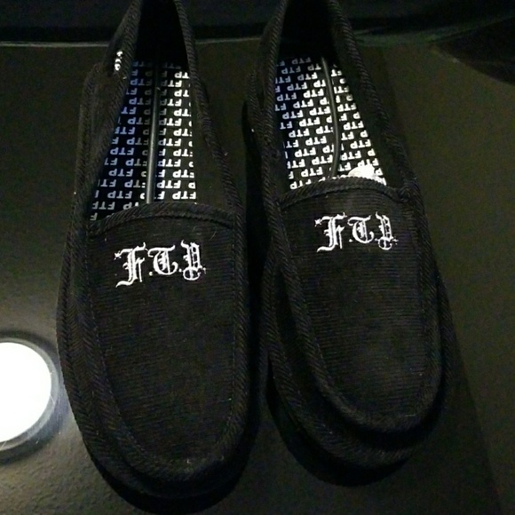e9836d719ad1 Ftp house slippers